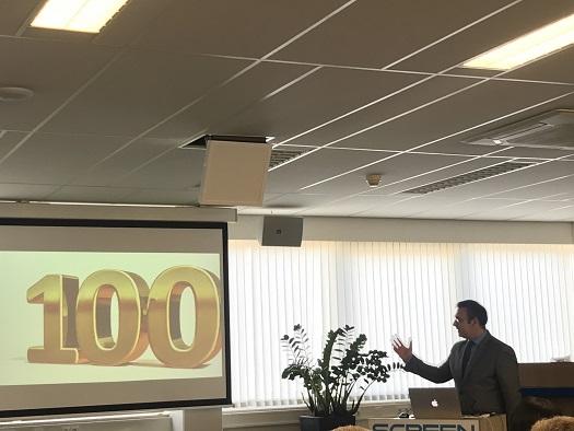 100 цифровых этикеточных машин L350 UV