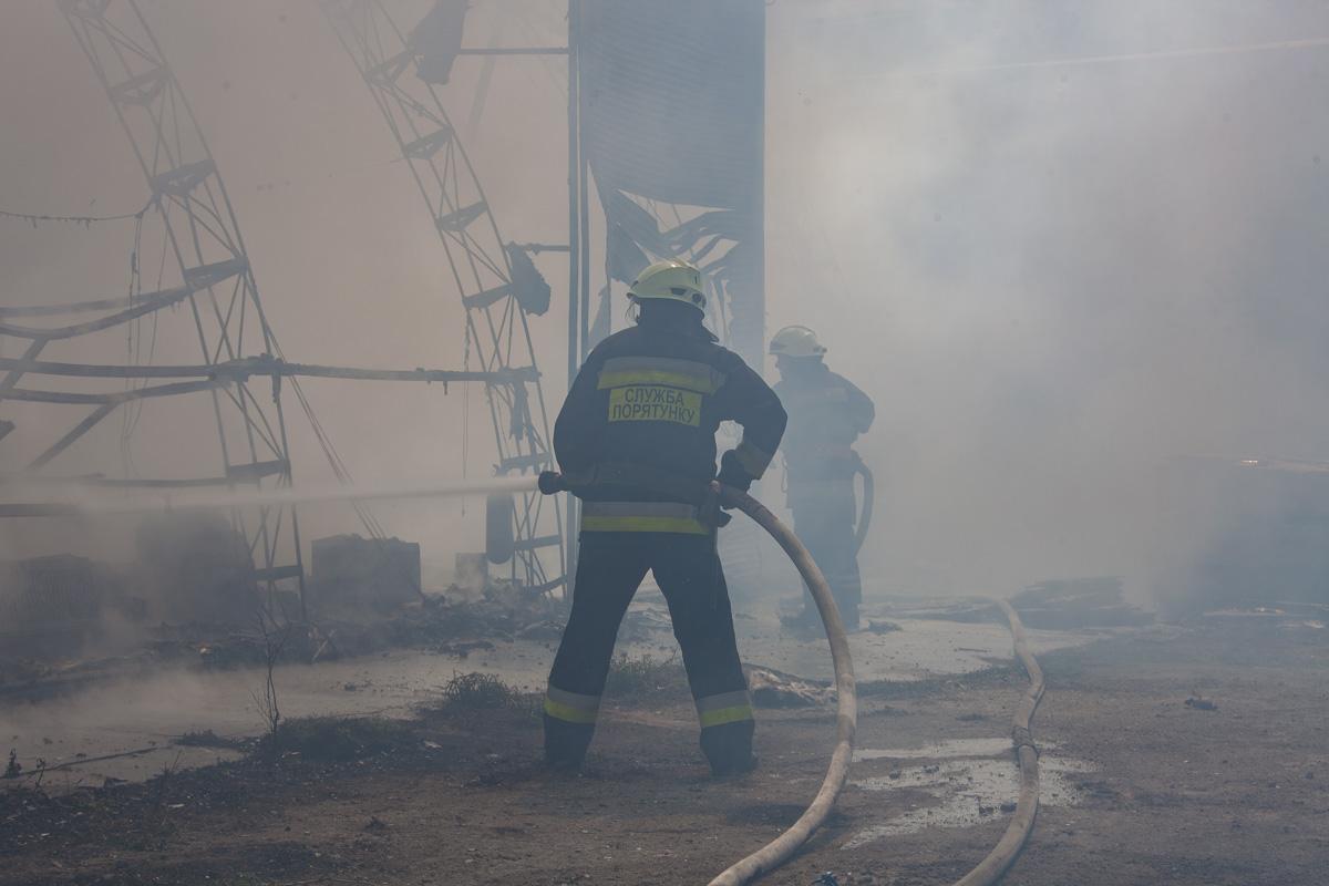 Пожар в типографии Maximum (Днепр, Украина)